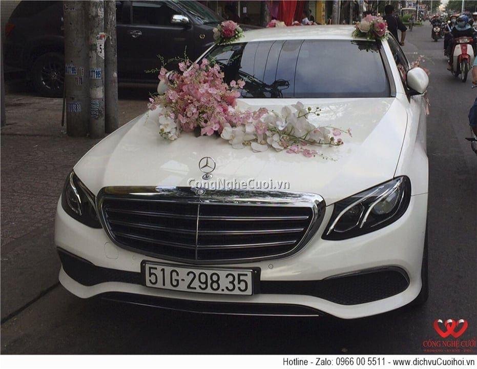 Cho thuê xe cưới - Mercedes E200