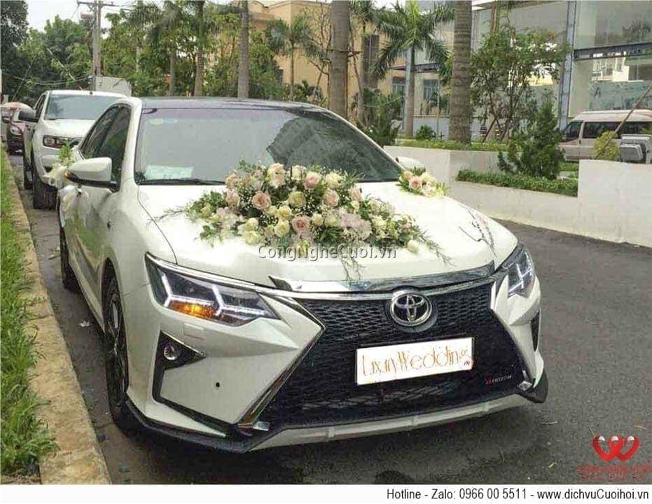 Cho thuê xe cưới - Toyota Camry