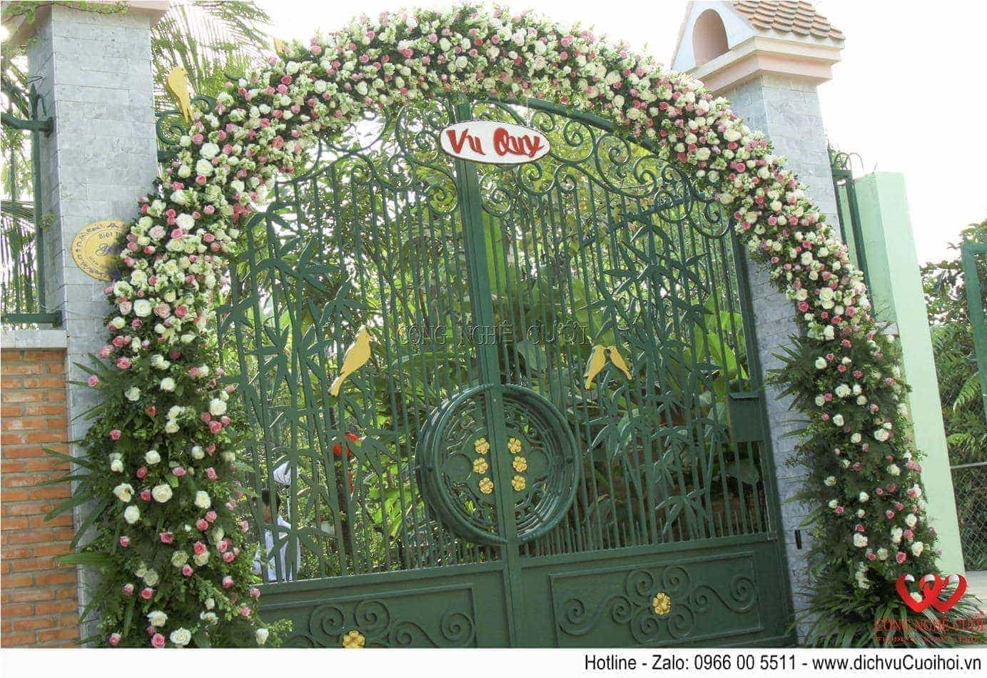 Trang trí lễ gia tiên cổng hoa tươi đám cưới