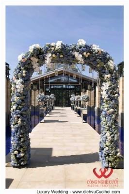 Trang trí lễ cưới với tong màu xanh Navy
