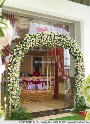 Trang trí cổng hoa nhà hàng, dịch vụ cưới hỏi trọn gói Công Nghệ Cưới