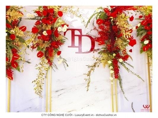 Trang trí tiệc cưới tông màu đỏ